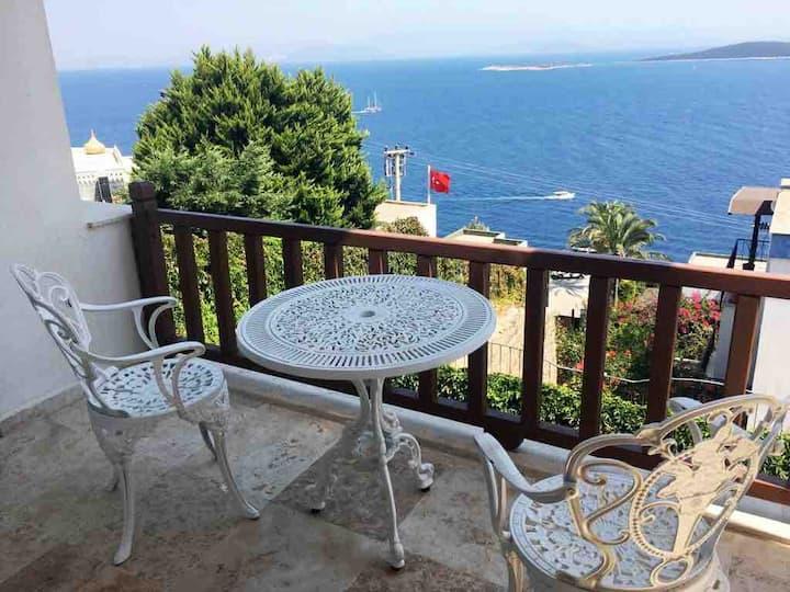 Bodrum Cozy Villa - Amazing Seaview & Private Pool