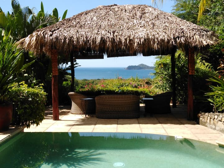 CasaMyra Ocean View Villa (PLUS)breakfast included