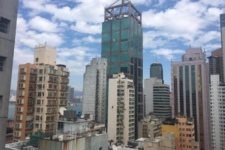 Top floor Clean Studio with a lot of natural light - Sai Ying Pun