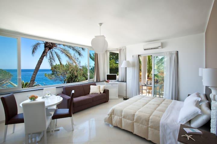 Taormina Veranda Studio Suite SeaView