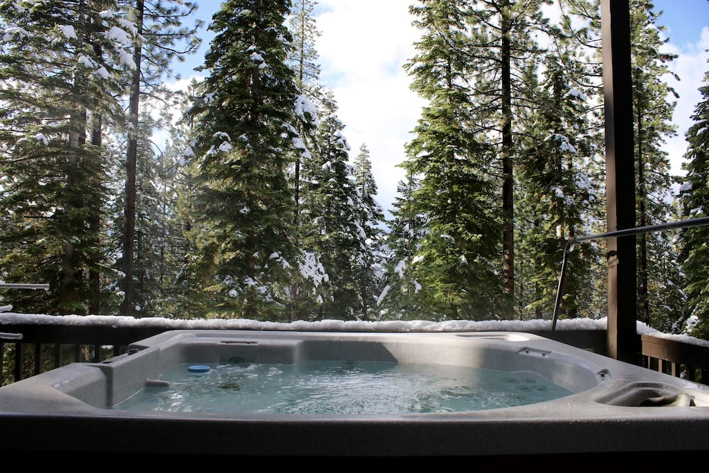 Spectacular Views from the Hot Tub!