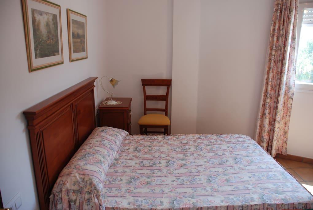 Dormitorio (cama doble)
