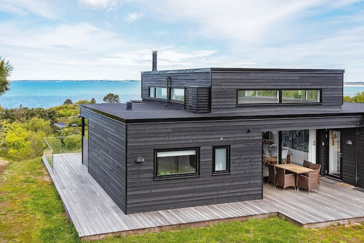 Fancy Holiday Home in Asnæs with Sauna