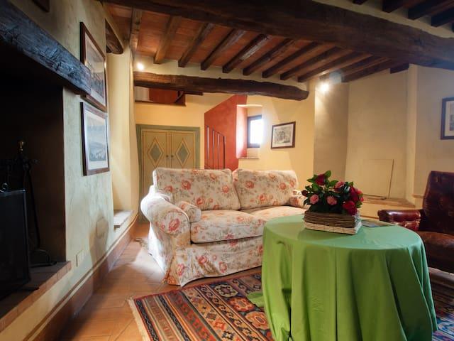 Castello di Sismano - Suite Verde - Avigliano Umbro