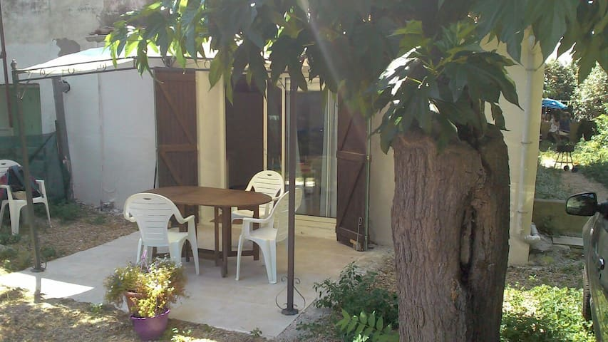 Studio avec terrasse et jardin - Le Grau d'Agde - Appartement