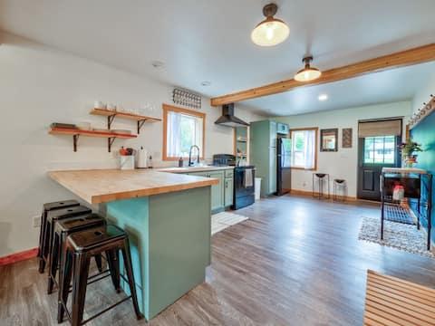The Warming House Modern Farmstay