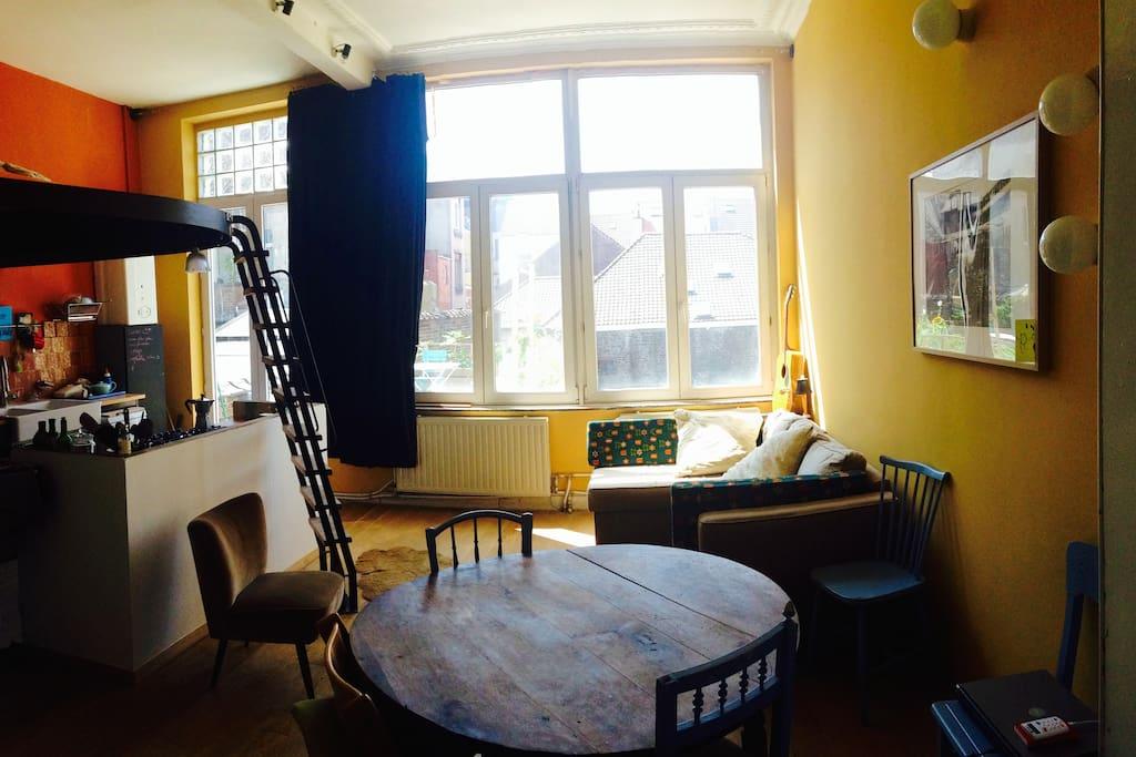 Livingroom, kitchen, mezzanine