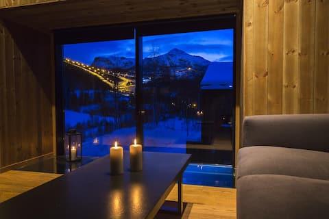 Cozy modern cabin in the ski resort (ski inn/out)