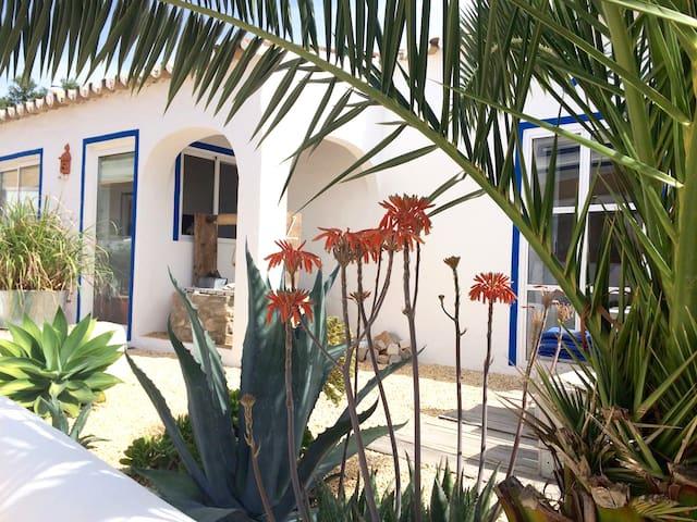 Casa da Aldeia/ Vila Primaveira - Santa Bárbara de Nexe - Apartemen