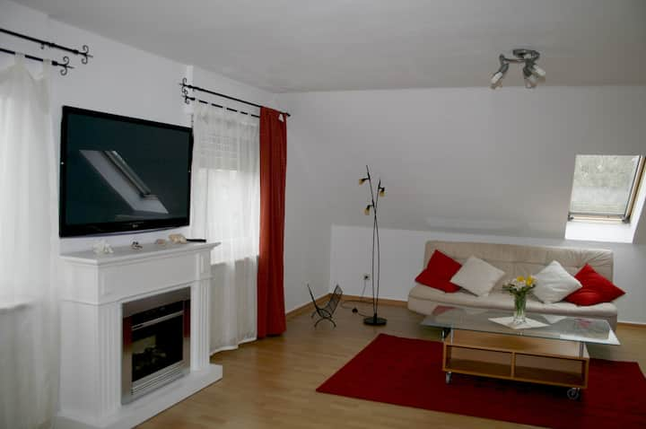 3 room 80m² apartment from 39 € per night