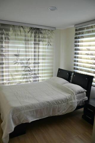 Habitacion con cama matrimonial en La Mesa, Cund.