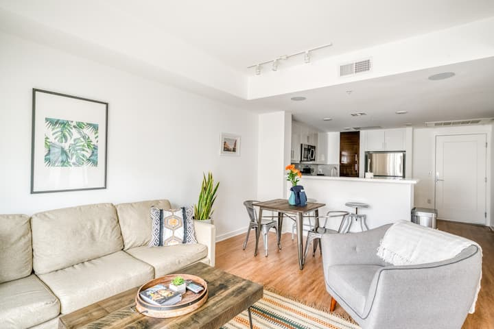Beautiful 1BR Apartment in Glendale