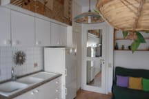 KITCHEN & LIVINROOM