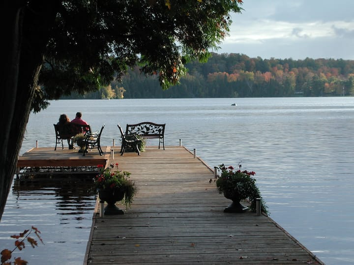Charming   Scenic Lakefront Adult  Resort  -F $329