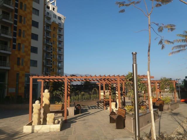 Modern apartment in the city centre - Kathmandu - Wohnung