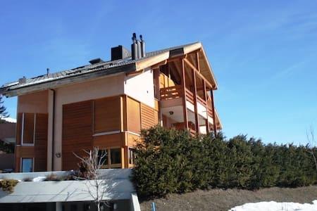 Ski in ski out apartment - Crans-Montana - Pis