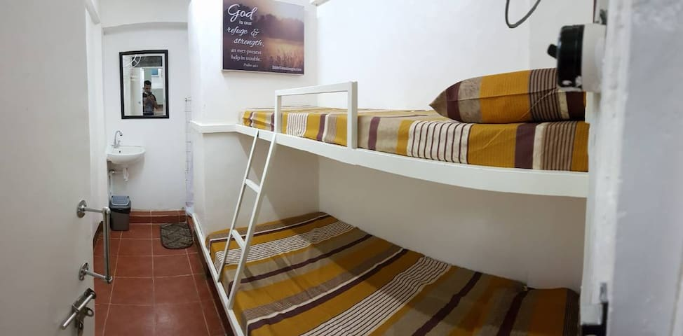 Transient Rooms, Cheap Accomodations in Pasay