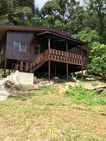 Homestay Cabin In Pulau Betong - Balik Pulau - Rumah