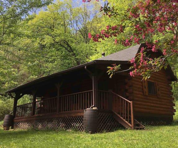 Sugar Creek Cabin