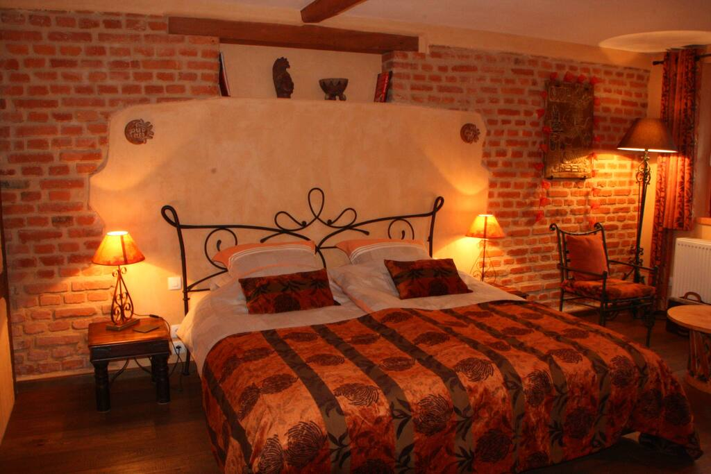 bed and breakfast color maya chambres d 39 h tes louer scherwiller alsace france. Black Bedroom Furniture Sets. Home Design Ideas