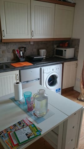 Small furnished flat in the center of Dublin - Dublin - Byt