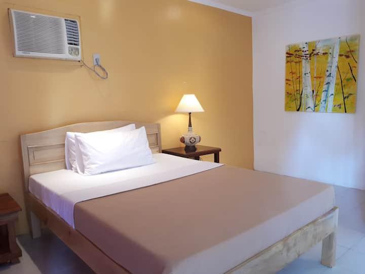 Charming Room for Two! Samal Island!☀️☀️☀️ Room-B
