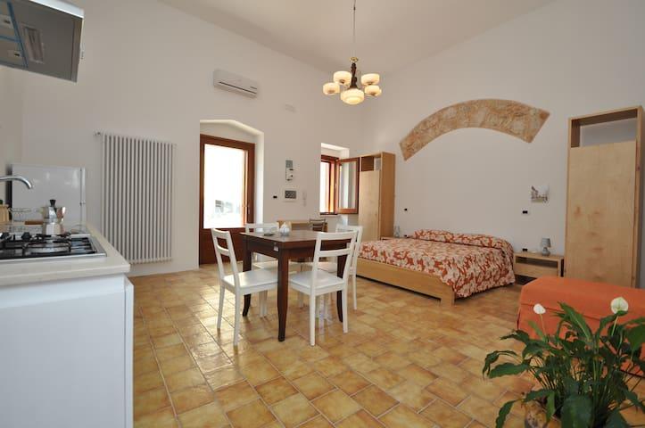 Nuovo Appartamento in Centro Storico - Racale - Appartement