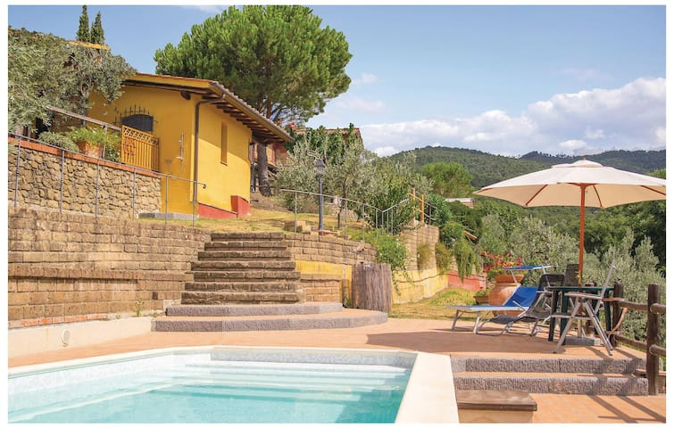 Holiday cottage with 1 bedroom on 50 m² in Vinci FI