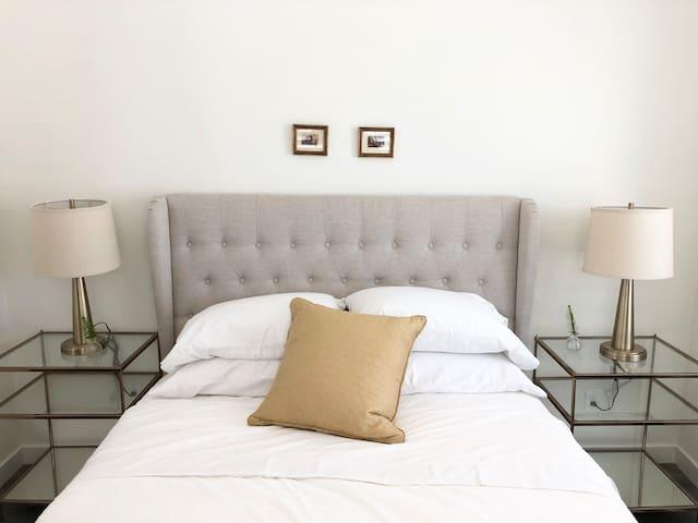 HotelStyle Bed/Bath 2  LAX-SOFI-SpaceX-Forum-Beach