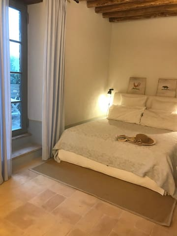 1 double bed with direct access to terrace