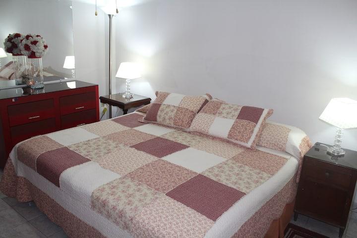 Habitación F bien ubicada cómoda