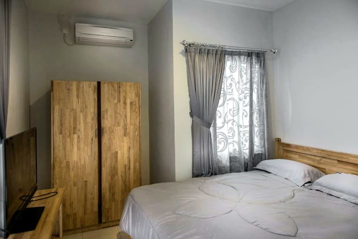 Coliving / Kost Semarang (2 rooms for 4 pax)