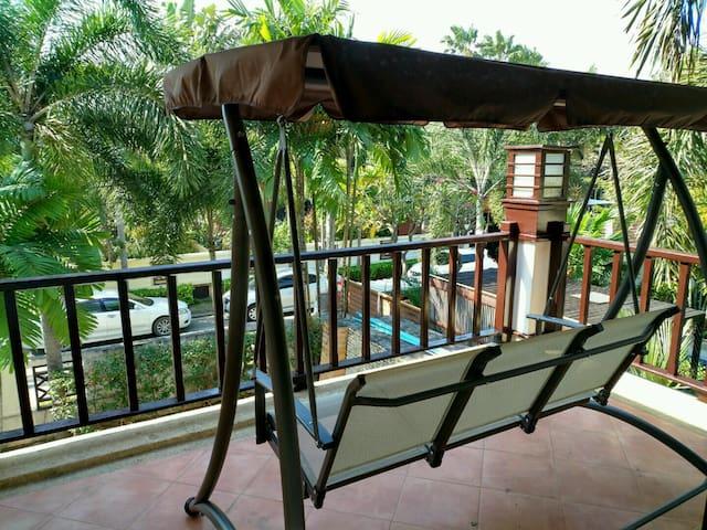 Last sales 50%off Sunset Villa la@Central Pattaya