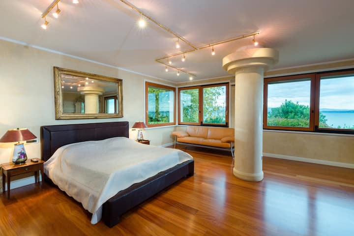 Lake Front Luxury Suites