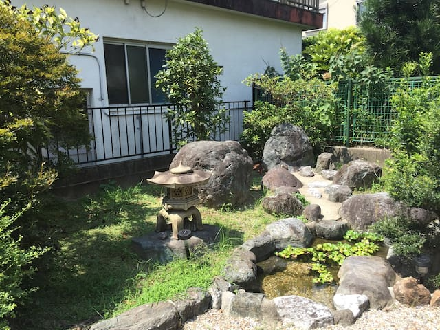 Inuyama Guest House こぢんまり Dormitry ドミトリー1 - 犬山市 - Bed & Breakfast