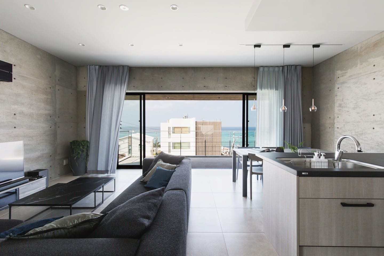 Relaxing Living & Nice Sea View Terrace