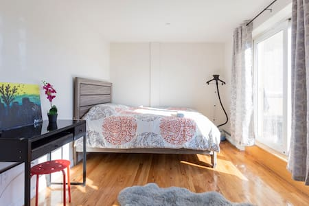 NEW RENO HUGE PRIVATE BED&BATH PLUS TERRACE - Queens