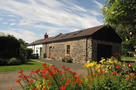 Apple Barn, spacious rural retreat - Dunadry - Overig