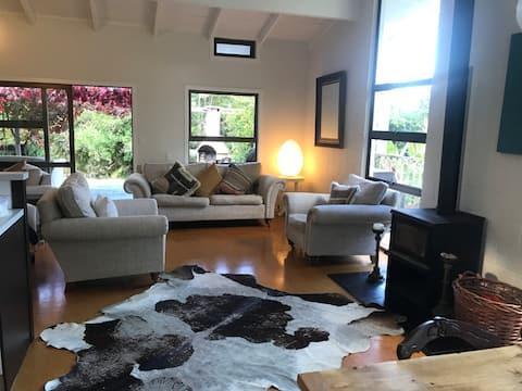 Very comfortable 3-bed house 5 mins. from Matakana