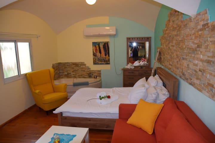 Double dome room in El Hatabor