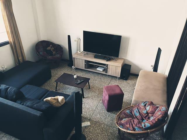 Nyini (room 3)