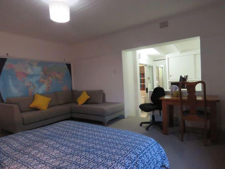 Private room in safe, quiet, evergreen suburb.