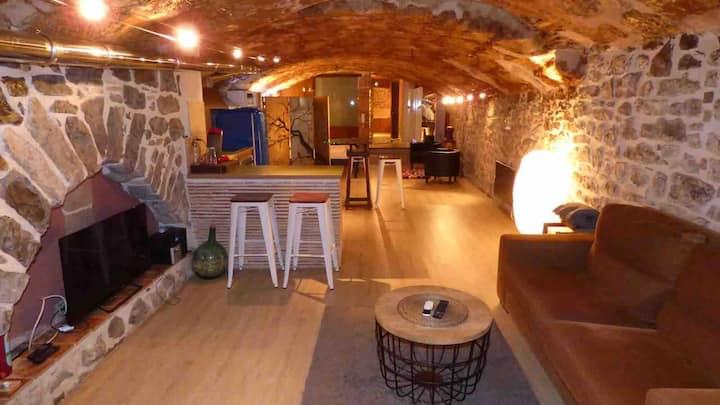 Suíte Sant Sebastià con jacuzzi, sauna y jardín