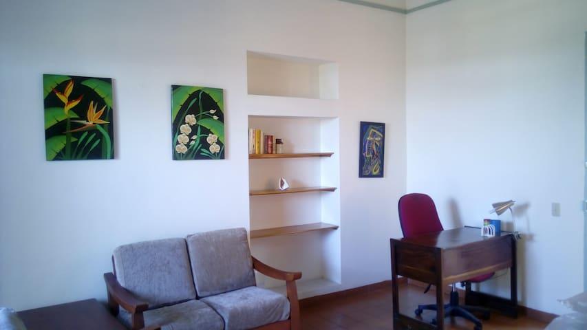 Metellus 32Est:: short/long stays apartment