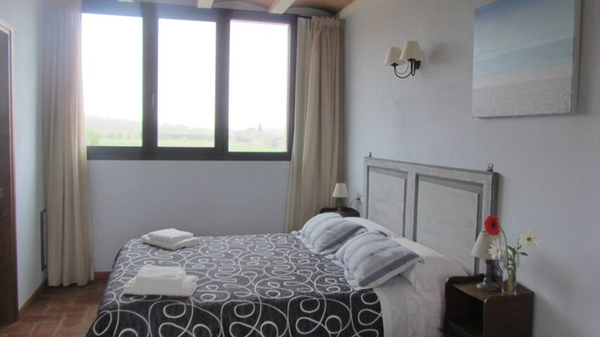 LES CARMENSONES - Torroella de Montgrí - Bed & Breakfast