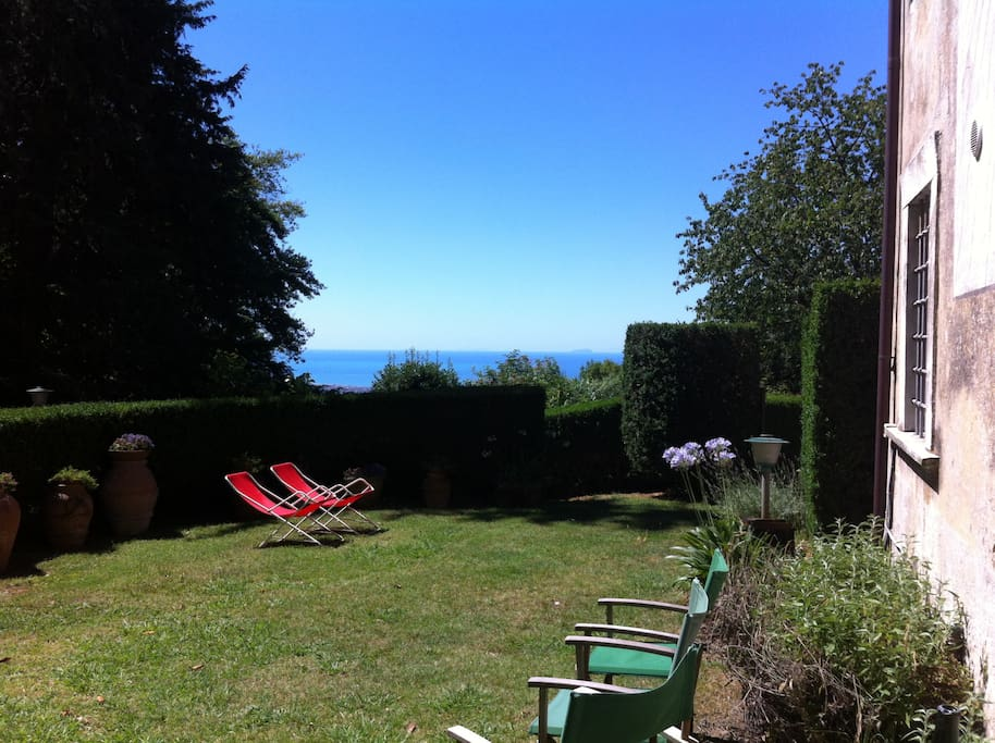 Garden with a view (of the sea, in the disance)