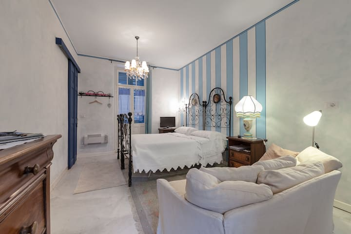 Studio in villa medievale del 1200 - Domodossola - Appartement