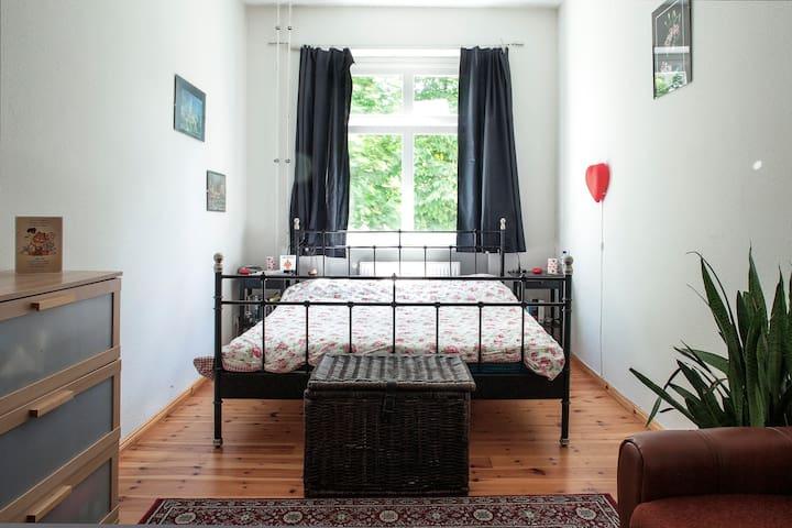 2 rooms + balcony in Berlin
