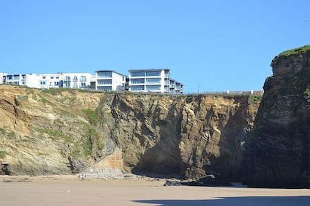 Amazing  Modern Apartment - Steps To The Beach - Newquay - Lägenhet