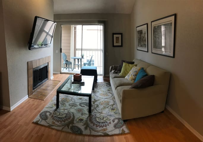 Heights Condo - great location! - Houston - Appartement en résidence